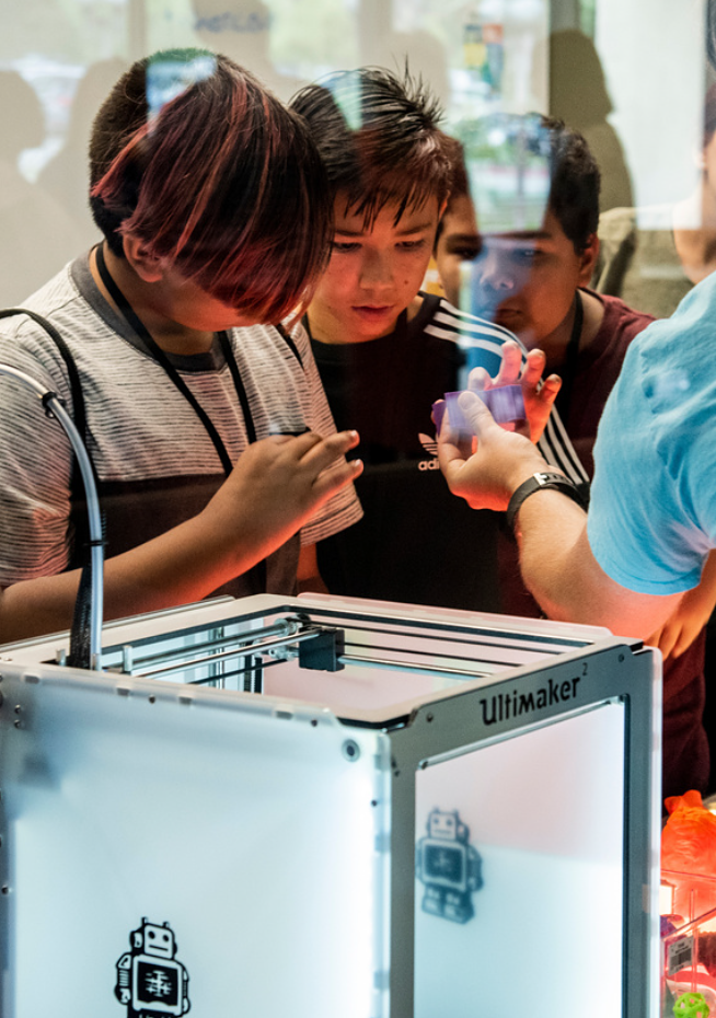 Photo: Children working on a STEM project