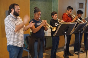 Image of Wilson students during coaching session with Oakwood Brass Project