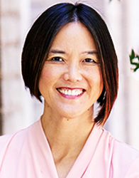 Portrait of Tina Fredericks